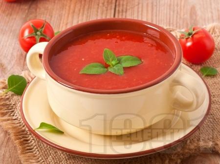 Лесна и бърза доматена супа - снимка на рецептата
